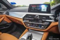 BMW_530i_Int-15_BM