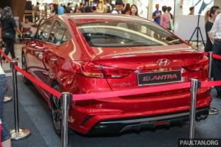 Hyundai_Elantra_MV-3