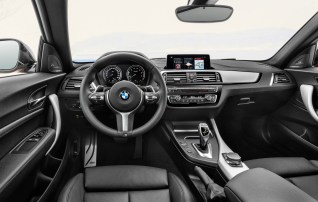P90258109_highRes_the-new-bmw-2-series BM