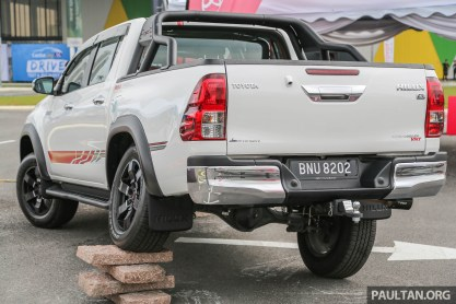 Toyota_Hilux_TRD-2