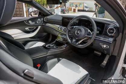 2017 Mercdedes Benz E300 Coupe AMG Line_Int-1