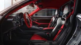 Porsche 911 GT2 RS BM5