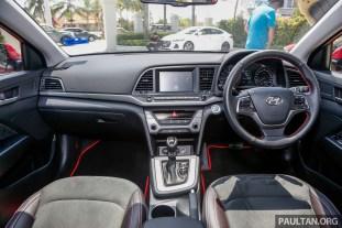 Hyundai Elantra 2.0_Int-2._BM