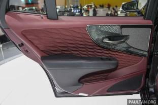 Lexus_LS500h_Int-24