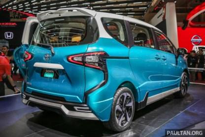 Toyota_Sienta_Ezzy-2-850x567_BM