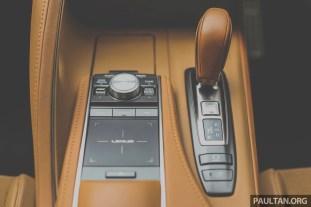 2017 Lexus LC 500_Int-20
