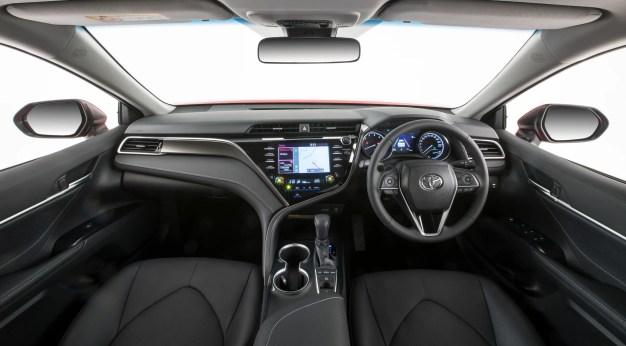 2017 Toyota Camry SX
