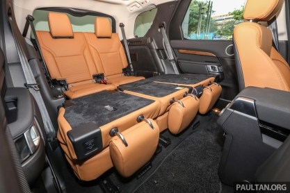 2018 Land Rover Discovery Td6_Int-40