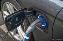 EV charging port BMW
