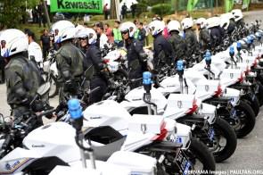 Malaysian-Police-Kawasaki-bikes-04