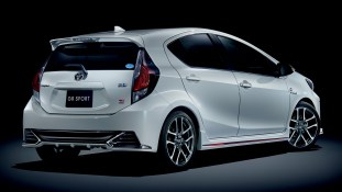 Toyota_prius_c-GR-Sport-2-BM