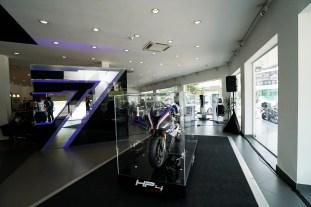 BMW Motorrad Dealership (4)_BM