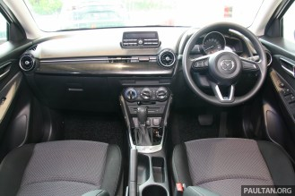 Mazda 2 sedan mid-spec GVC-44