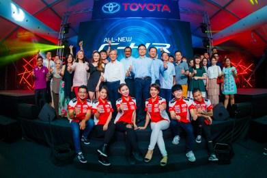 Toyota C-HR handover official