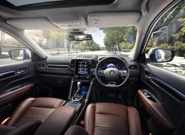 2018-Renault-Koleos-Signature-Interior-8-850x625_BM