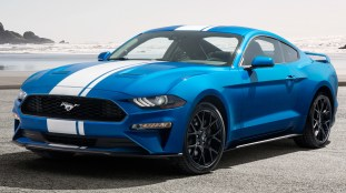 2019 Ford Mustang EcoBoost with Performance Pack