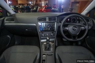 Volkswagen Golf R-Line 2018 Launch_Int-1