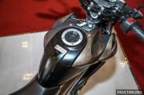 Suzuki_GSX150-15