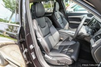 Volvo_XC90_T5_Showroom_Int-19 BM