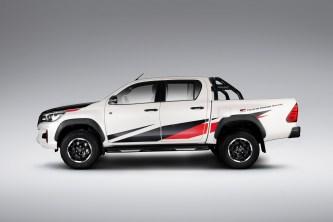 Toyota-Hilux-GR-Sport-2_BM