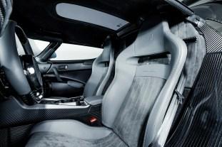 Koenigsegg Regera bare carbon 1