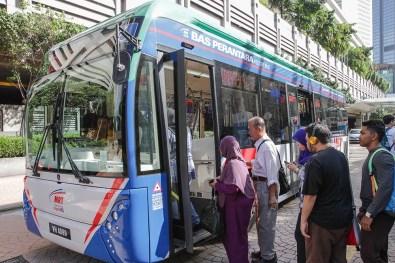 MRT Feeder bus_cashless
