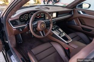 2019 Porsche 911 Carrera S Interior