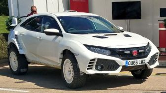 Honda Civic Type OveRland 3
