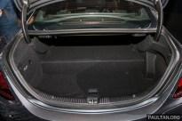 Mercedes_Benz_C300e_Int-20