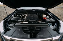 Nissan Navara Double Cab_Blue_Iceland_Engine-1200x800_BM