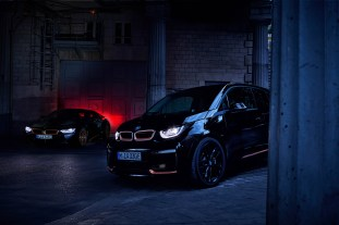 BMW i3s Edition RoadStyle and BMW i8 Coupe Ultimate Sophisto Edition 5
