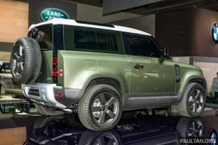 Land Rover Defender 90 live 3
