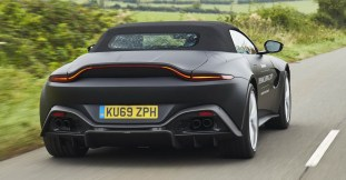 2020 Aston Martin Vantage Roadster 4
