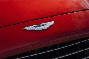 Aston Martin DBX_08_BM