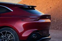 Aston Martin DBX_09