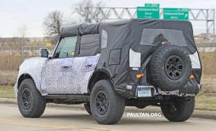 Ford_Bronco_spied_014
