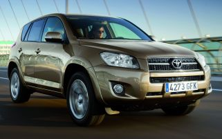 Toyota RAV4 through the years 6