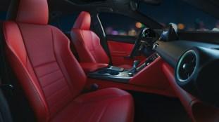2021 Lexus IS_13