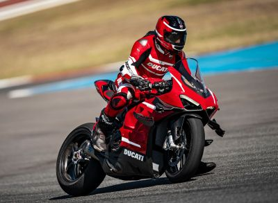 Ducati Panigale Superleggera V4 2020-40