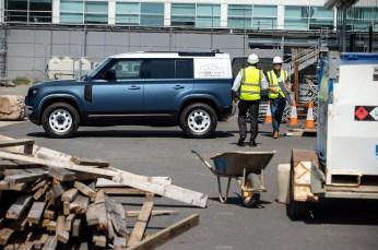 Land-Rover-Defender-Hard-Top-2_BM