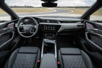 Audi e-tron S-18