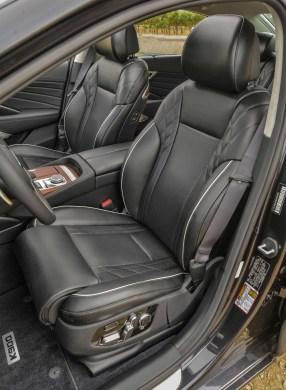 2020 K900 Interior