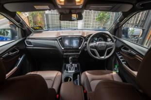 2021 Isuzu D-Max V-Cross Interior