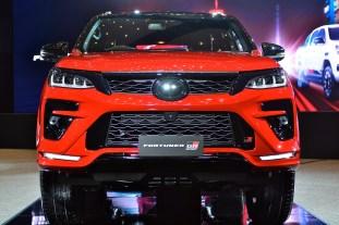Toyota Fortuner GR Sport 2021 Thailand_live-13
