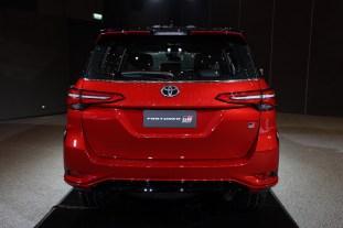 Toyota Fortuner GR Sport 2021 Thailand_live-3
