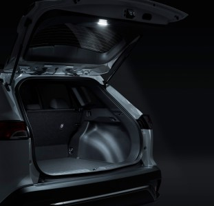 Toyota Corolla Cross Modellista_luggage compartment LED-2