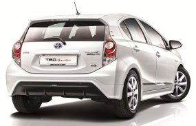 toyota-prius-c-trd-sportivo-rear
