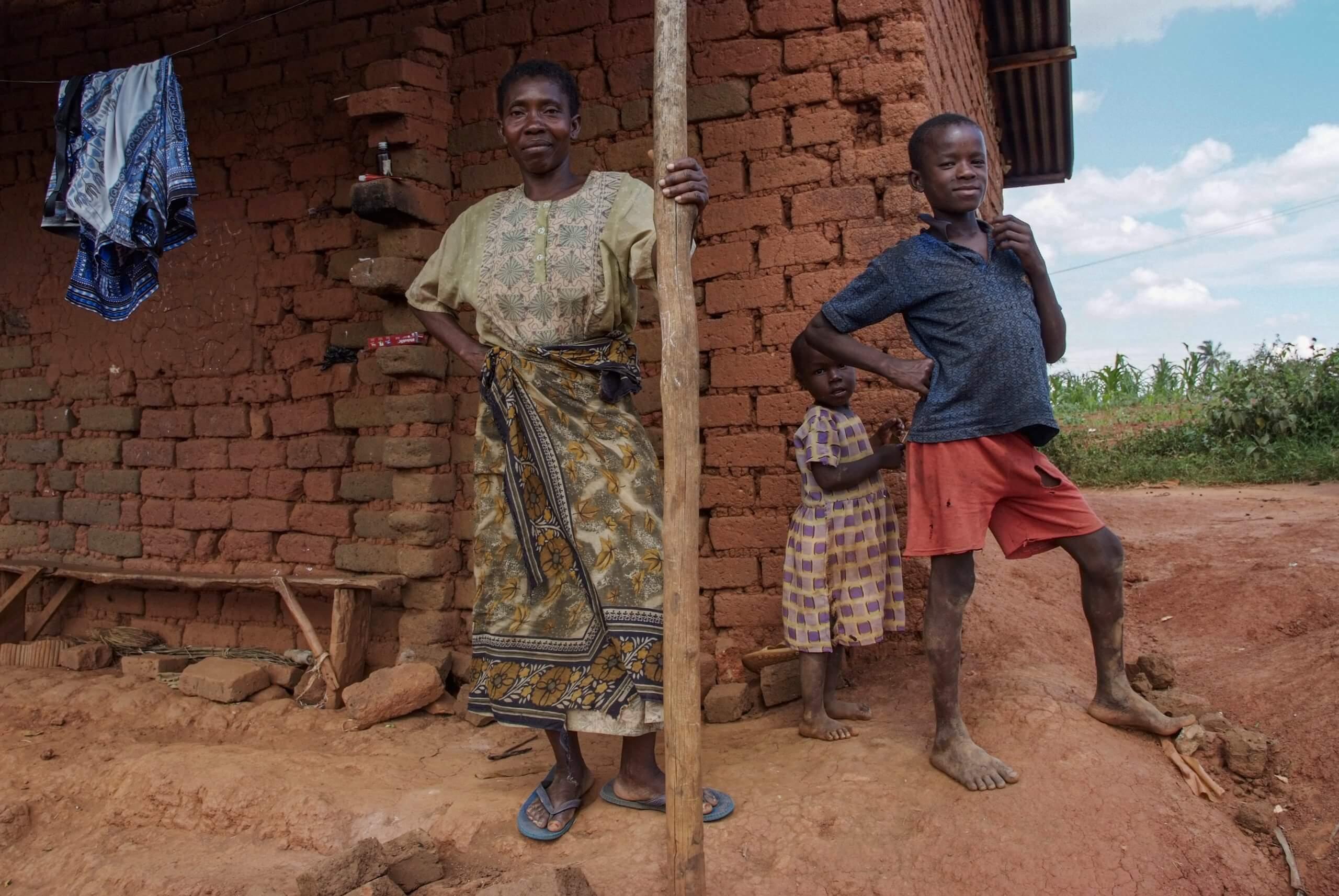 16 02 boerin trotsevrouw Mariamu Kipingu Muheza Tanzania 4516 scaled