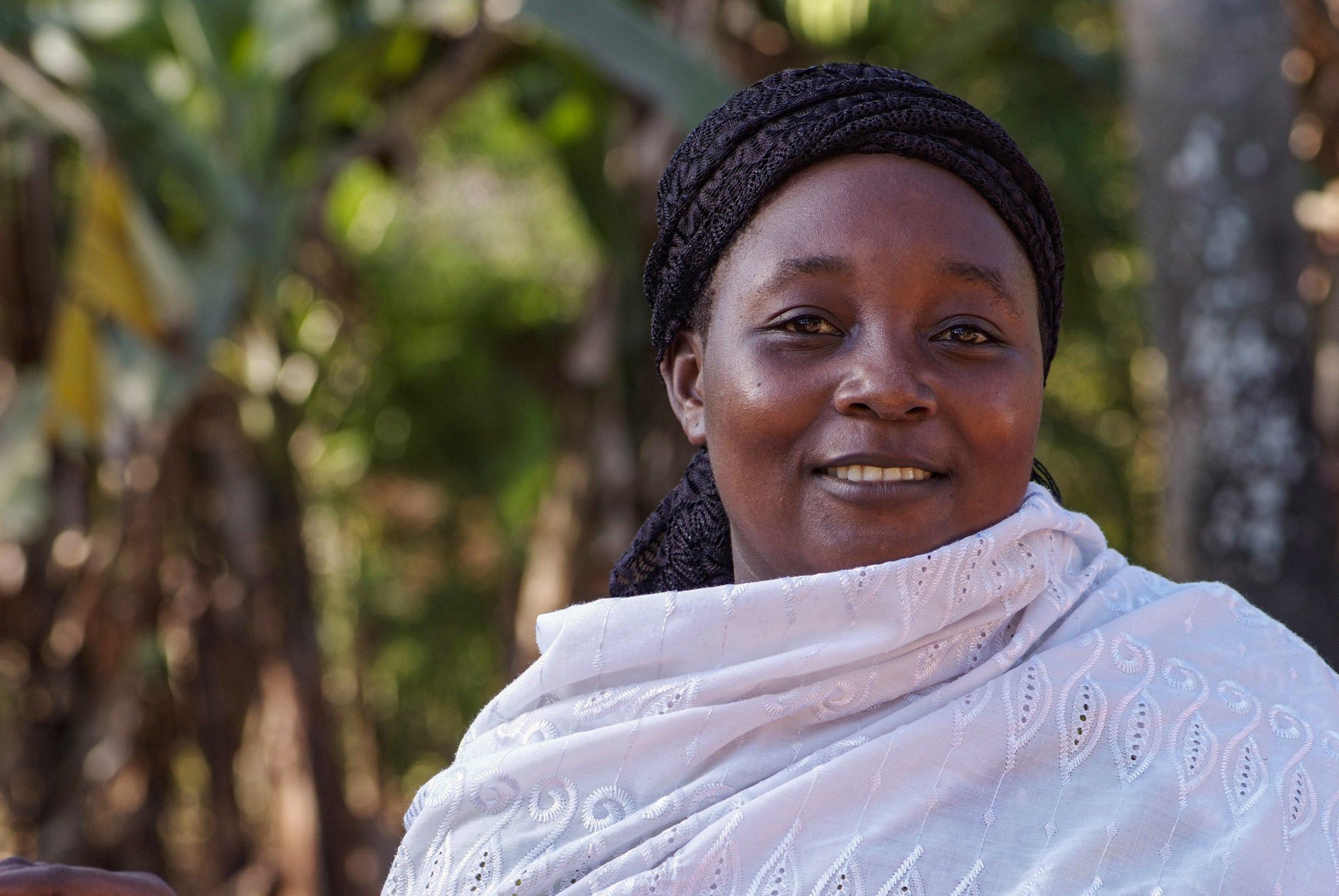 29 02 boerin trotsevrouw Zidina Rwiza Pangani Tanzania 5627 scaled