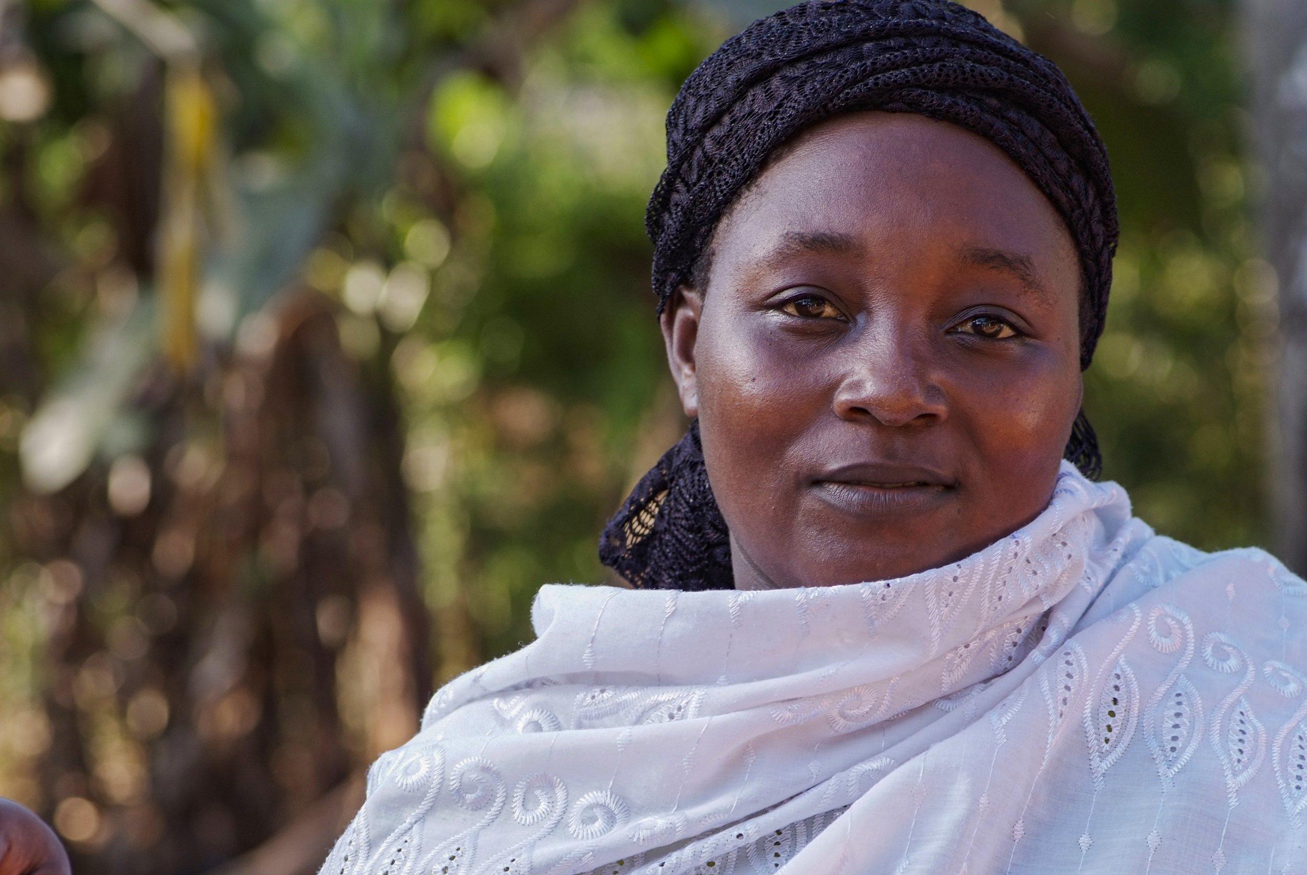 29 03 boerin trotsevrouw Zidina Rwiza Pangani Tanzania 5624 scaled